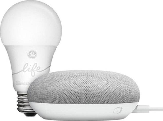 Google GA00518-US Smart Light Starter Kit with Google Assistant, White